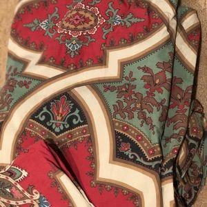 Pottery barn king duvet & two kg pillow covers